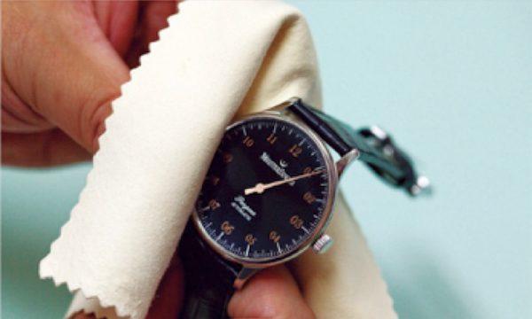 知っていそうで意外に知らない腕時計の手入れとマナー【第4回】