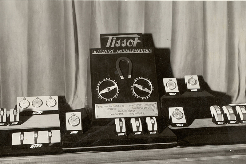 1934ca_Tissot_antimagnetique_display_TISSOT_ARCHIVES_2