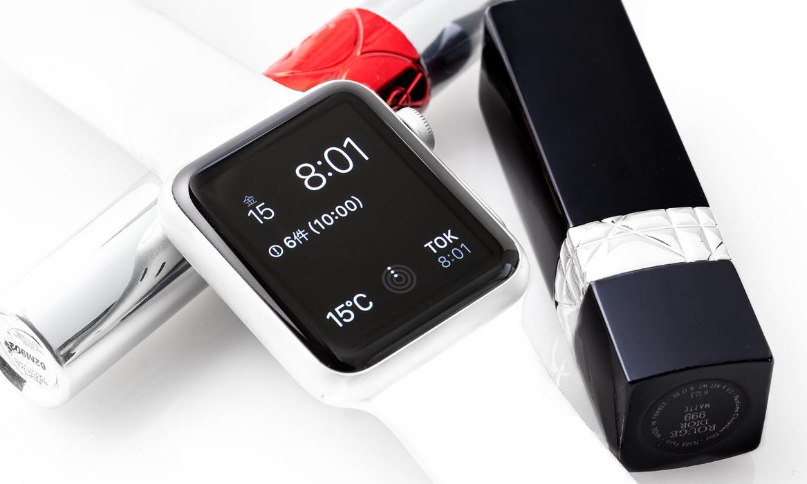 椎木さんにとって「iPhoneをなくした際の命綱」でもあるApple Watchの腕時計