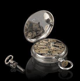 ↑日本人の好みに合うよう装飾が施された、フランソワ・ペルゴが日本で販売した懐中時計(ジラール・ペルゴ社所蔵)