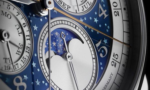 これぞ超絶技巧の集合体!「ハンドヴェルクスクンスト」6作目は星々が煌めく幻想的な複雑時計