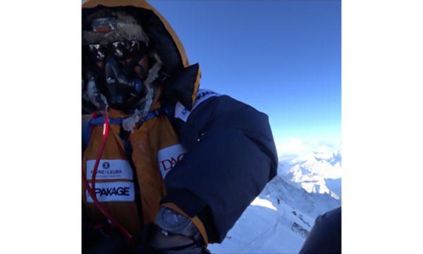 超クレイジーな登山プロジェクトの最終章が完結! 世界最高峰の頂点に到達した会社員たちの偉業を支えた腕時計とは!?