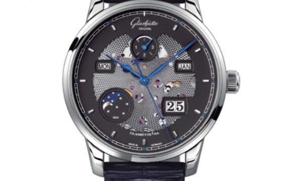 【美しいデザインと実用性が魅力】トゥールビヨン、ムーンフェイズ…一味違う腕時計に注目! ~中編~