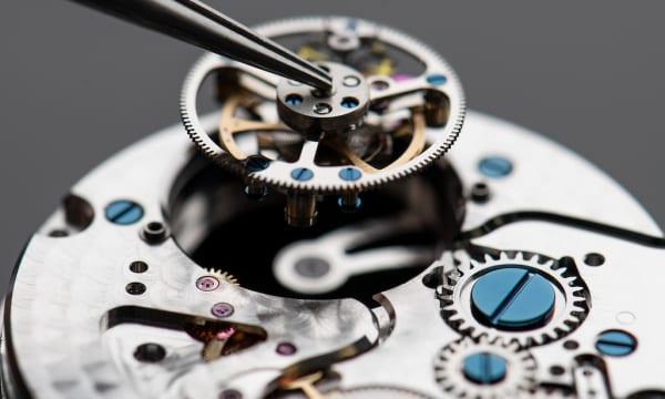 「手が届くラグジュアリー」な腕時計の内部を大公開! フレデリック・コンスタントの頭脳によるトークイベントを12月1日にGINZA SIXで開催