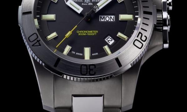 時計業界初! 磁気に強い「ミューメタル」を採用したタフネス・ダイバーズ「サブマリン ウォーフェア」(ボール ウォッチ)