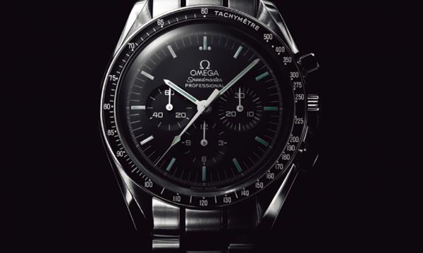 陸・海・空 人は腕時計でサバイブできるのか!? 【空編】宇宙空間で人命を救ったオメガのクロノグラフ「スピードマスター」