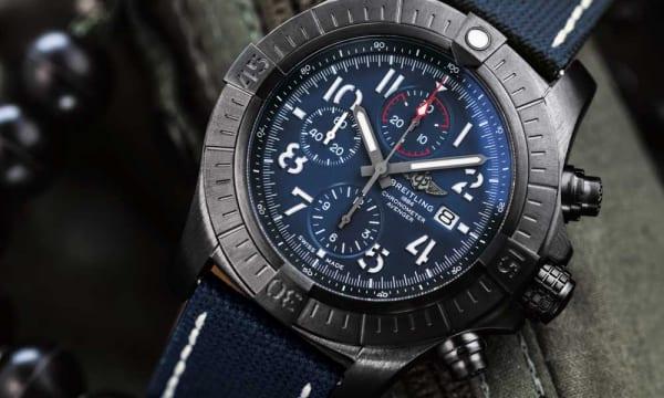 空を翔ける冒険家のための時計――ブライトリング アベンジャーがアップデート